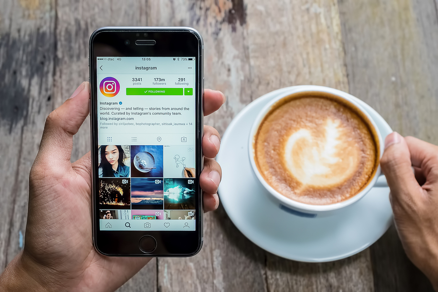 Instagram social customer service LiveWorld