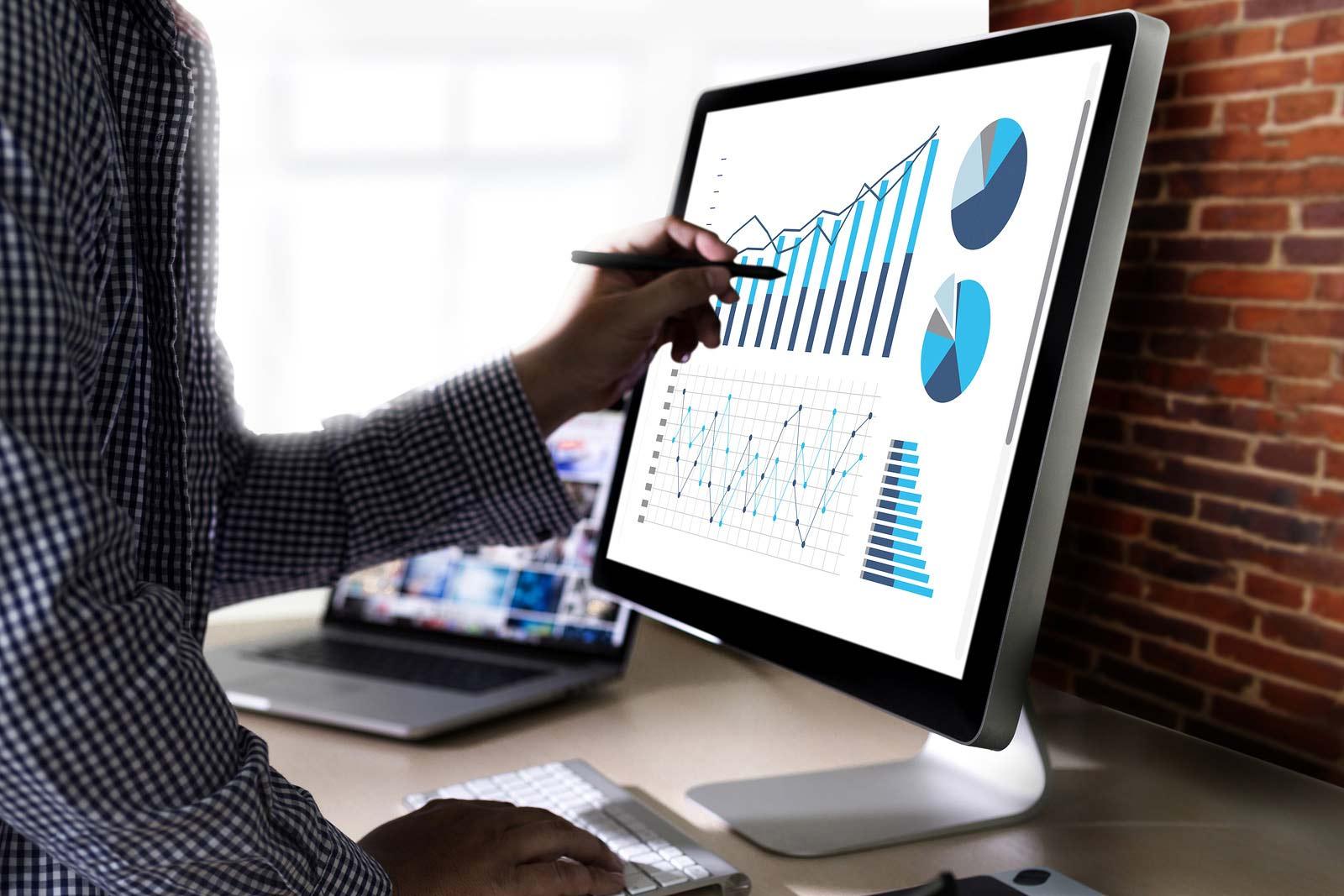 Insights & Analytics - LiveWorld