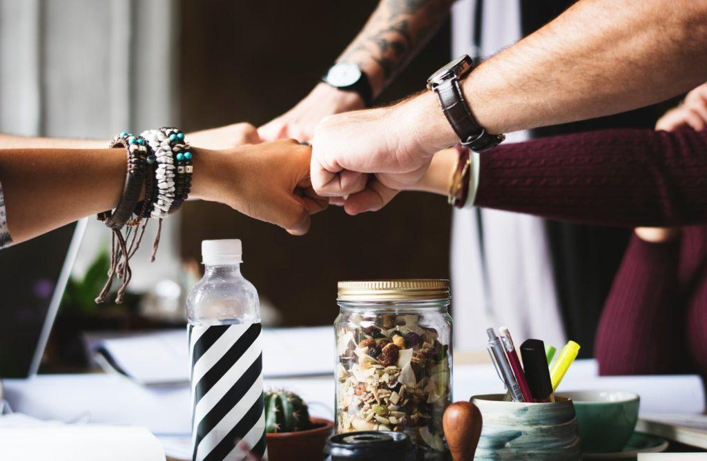 teamwork collaboration LiveWorld